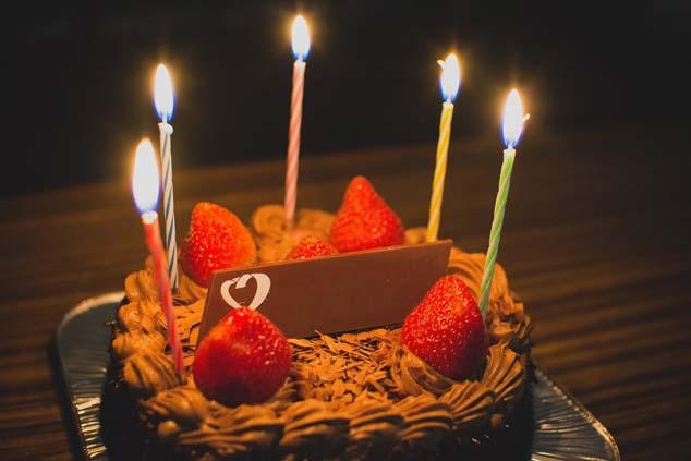 「誕生日おめでとう」を意味する韓国語!ステキなお祝いの言葉7つ